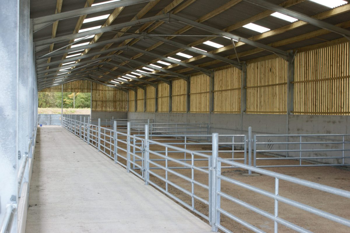 Robinsons Agricultural Beef Housing Example